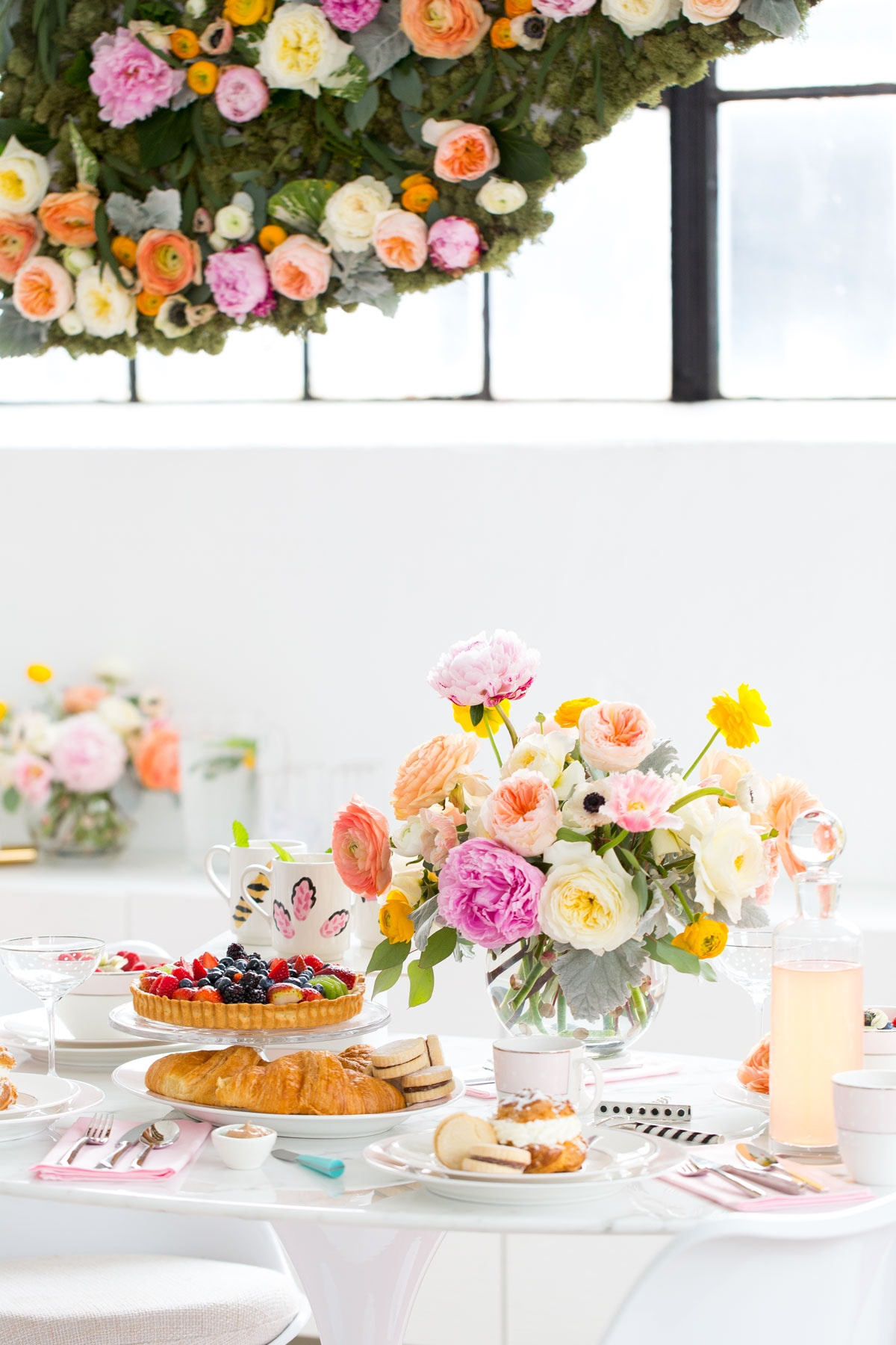 A Sweets and Sips Modern Bridal Brunch with Kate Spade and Williams-Sonoma by top Houston lifestyle blogger, Ashley Rose of Sugar & Cloth