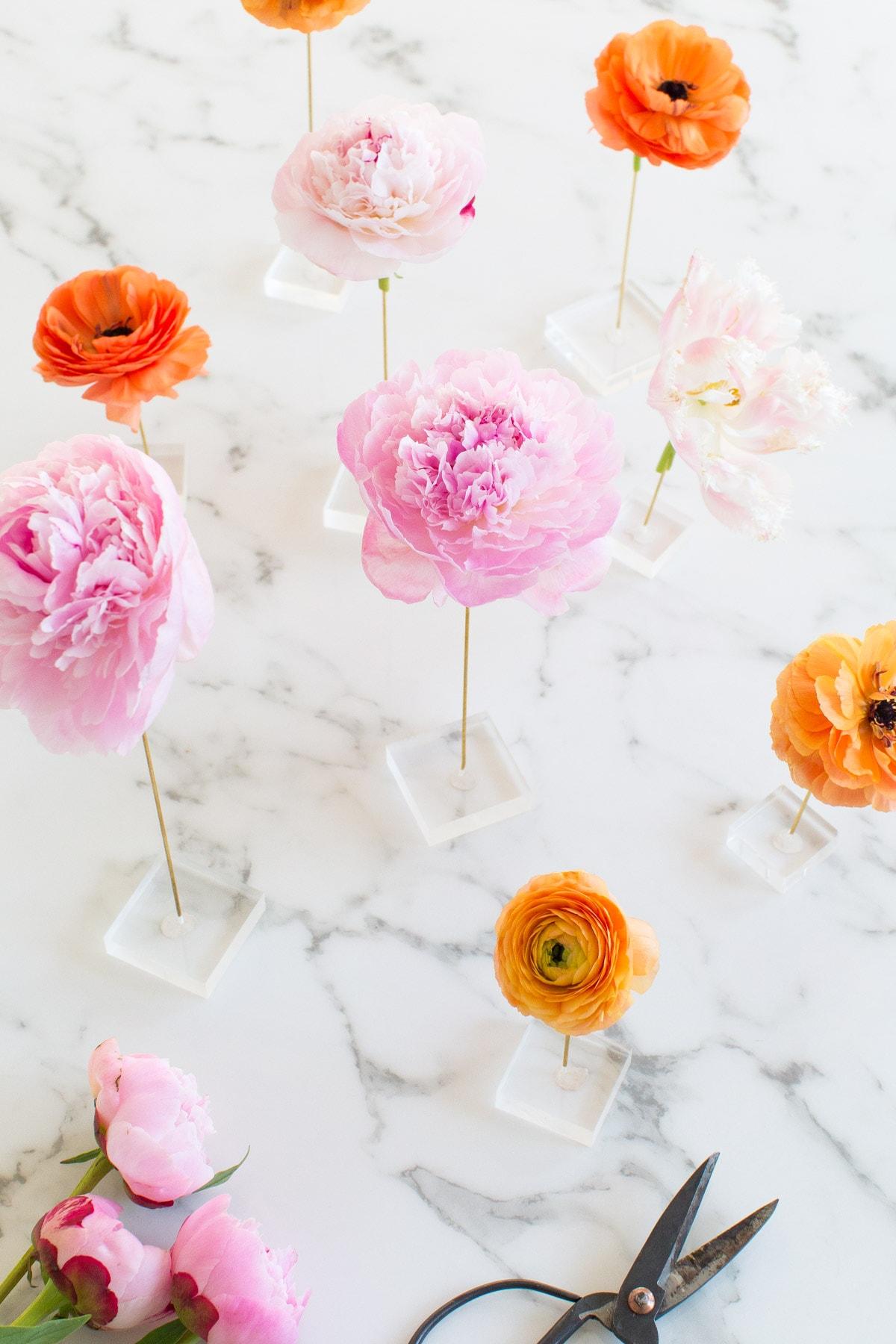 DIY Floating Flower Table Display | Sugar & Cloth