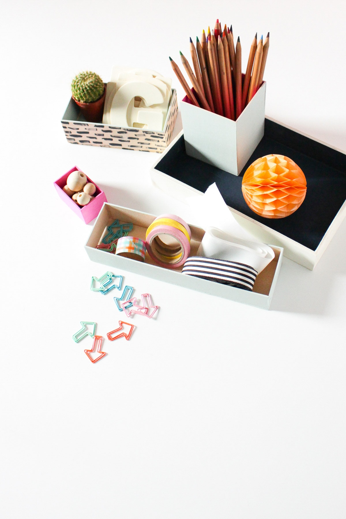 DIY Nesting Desk Organizer by Sugar & Cloth, an award winning DIY, home decor, and recipe blog.