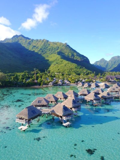 sugar and cloth travel blogger in tahiti moorea