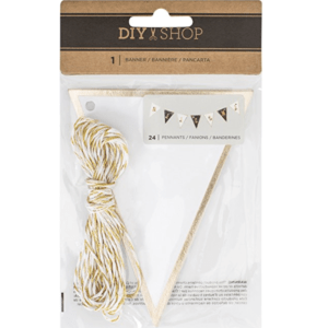 This Gold Customizable Banner is one of Sugar & Cloth's favorite holiday finds.
