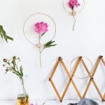 DIY Minimalist Flower Wall Hang