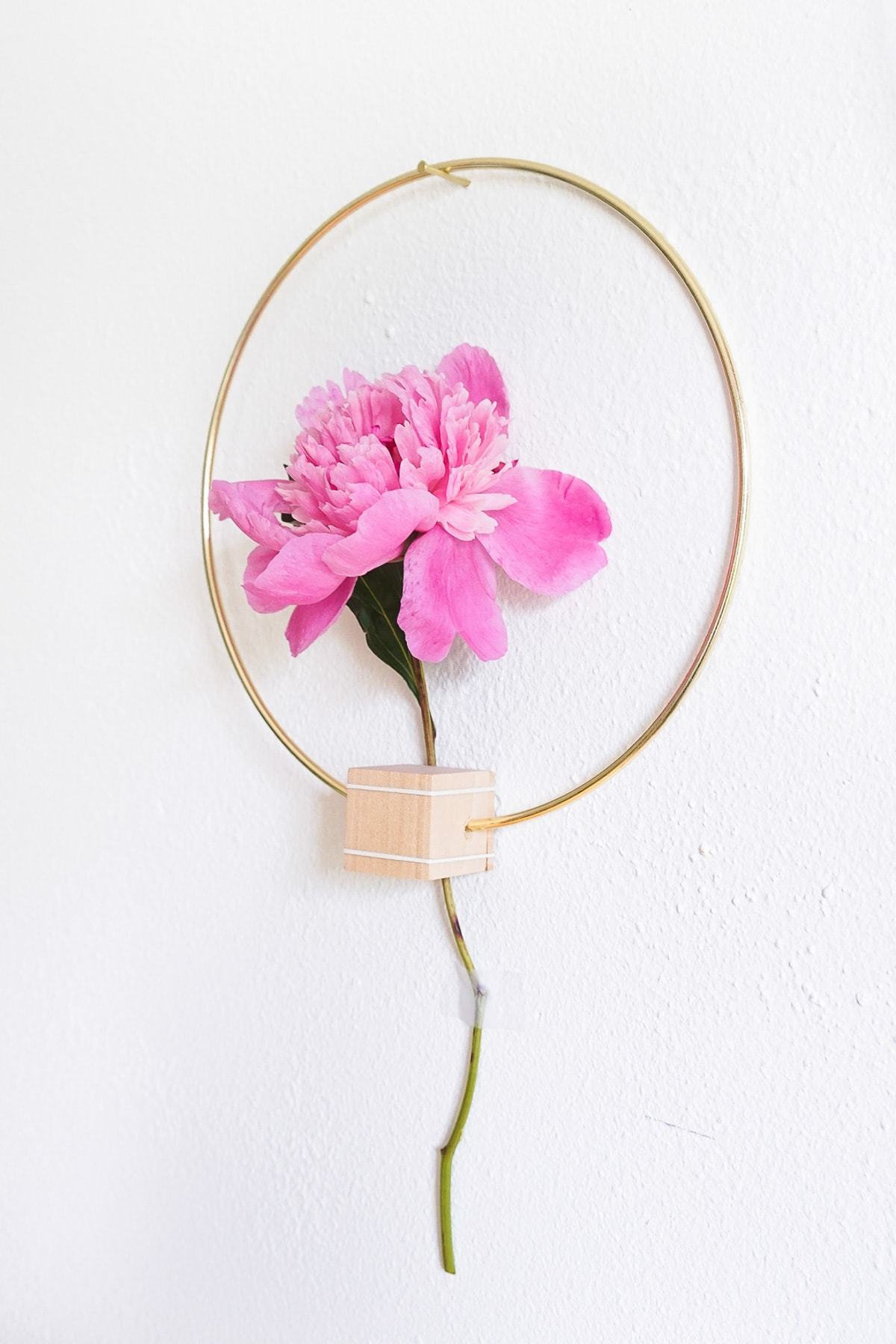 DIY Minimalist Flower Wall Hang (Erin)-7 - Sugar & Cloth