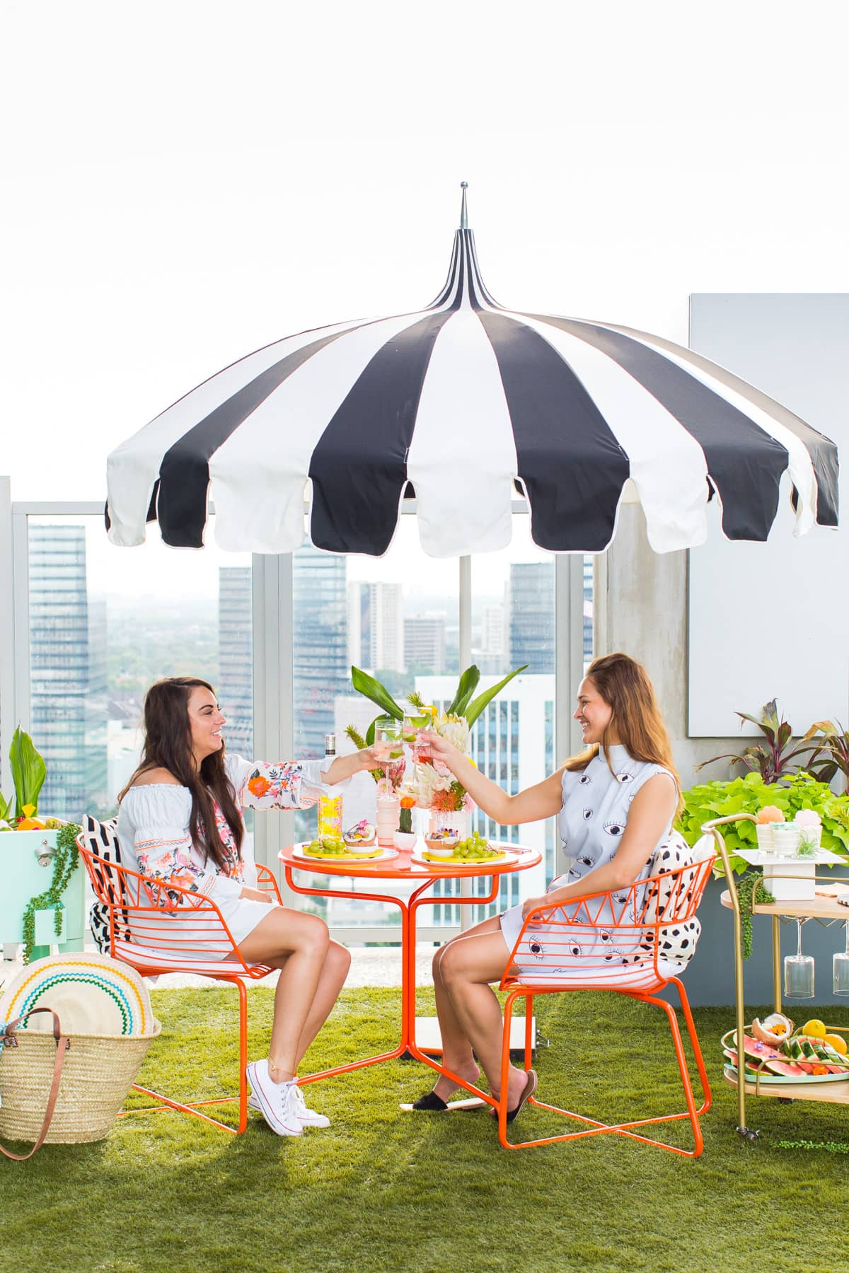 Poolside Summer Entertaining Al Fresco (+ Giveaway!) by top Houston lifestyle blogger Ashley Rose of Sugar & Cloth