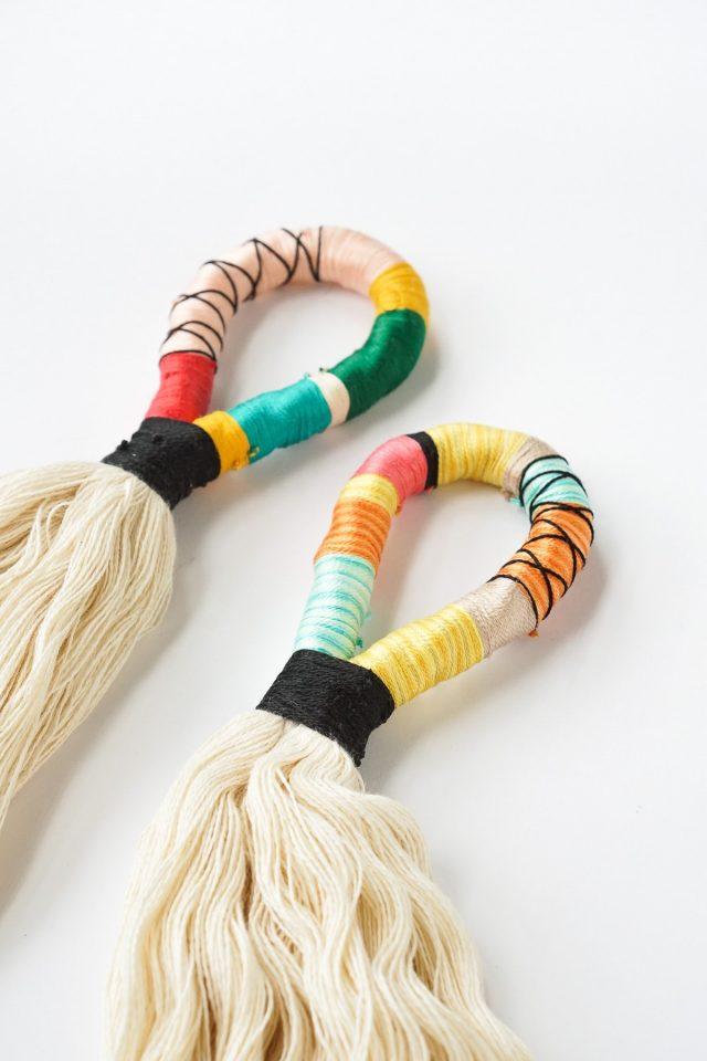 DIY Door Handle Tassels by Ashley Rose of Sugar & Cloth, a top lifestyle blog in Houston, Texas #DIY #door #tassels #fringe #colorful #doorhandle #homedecor #simple #rope #diyhomedecor
