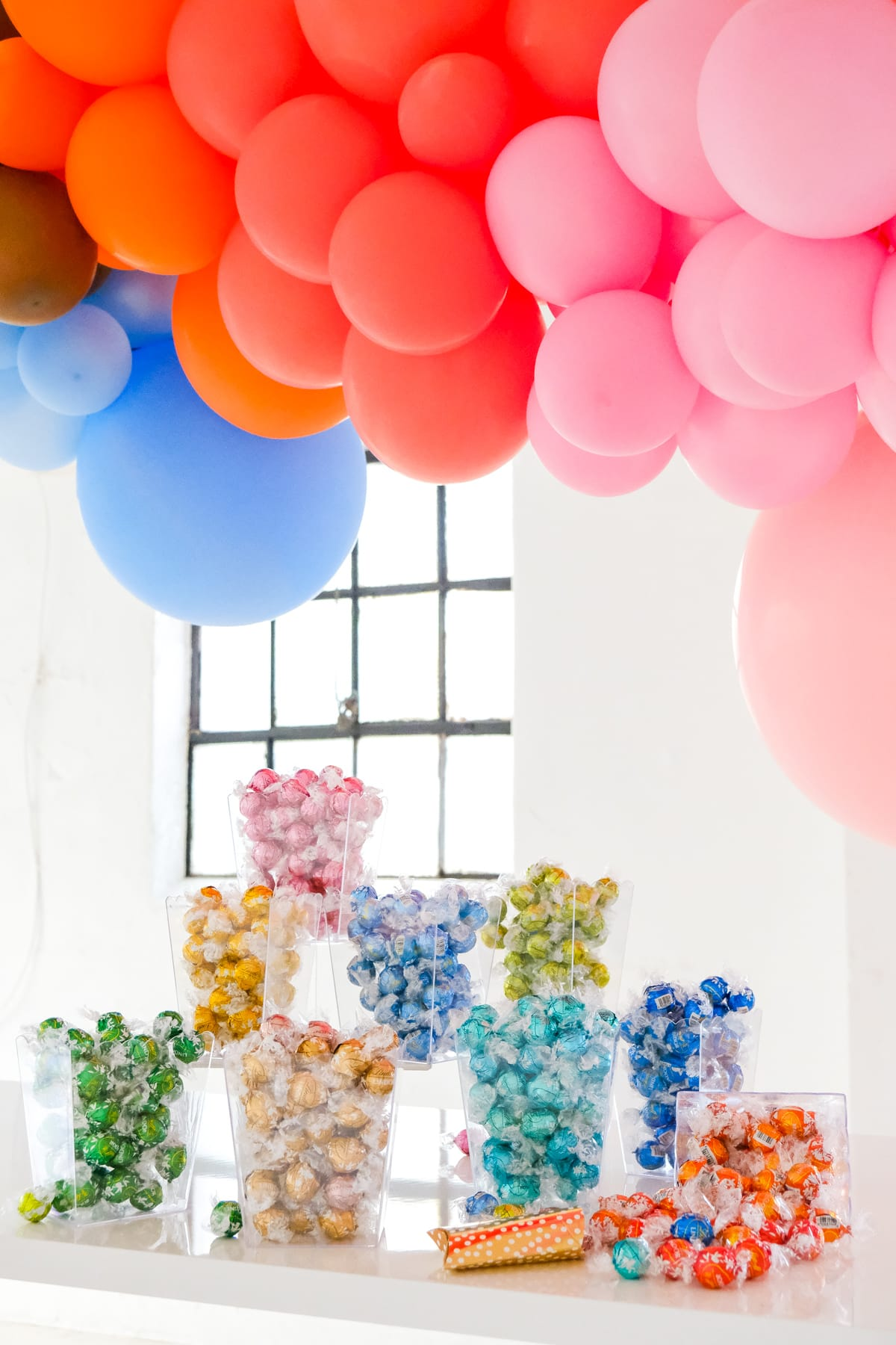 5 DIY Gender Neutral Baby Shower Ideas by top Houston lifestyle blogger Ashley Rose of Sugar & Cloth