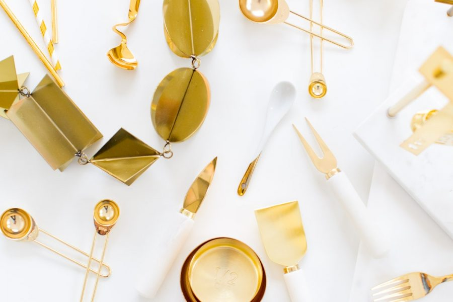 The best gold accessories for the holidays by top Houston lifestyle blogger Ashley Rose of Sugar & Cloth