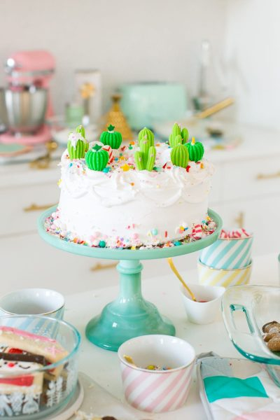 Everything Sweet Cake & Starting A New Holiday Dessert Tradition by top Houston lifestyle blogger Ashley Rose of Sugar & Cloth
