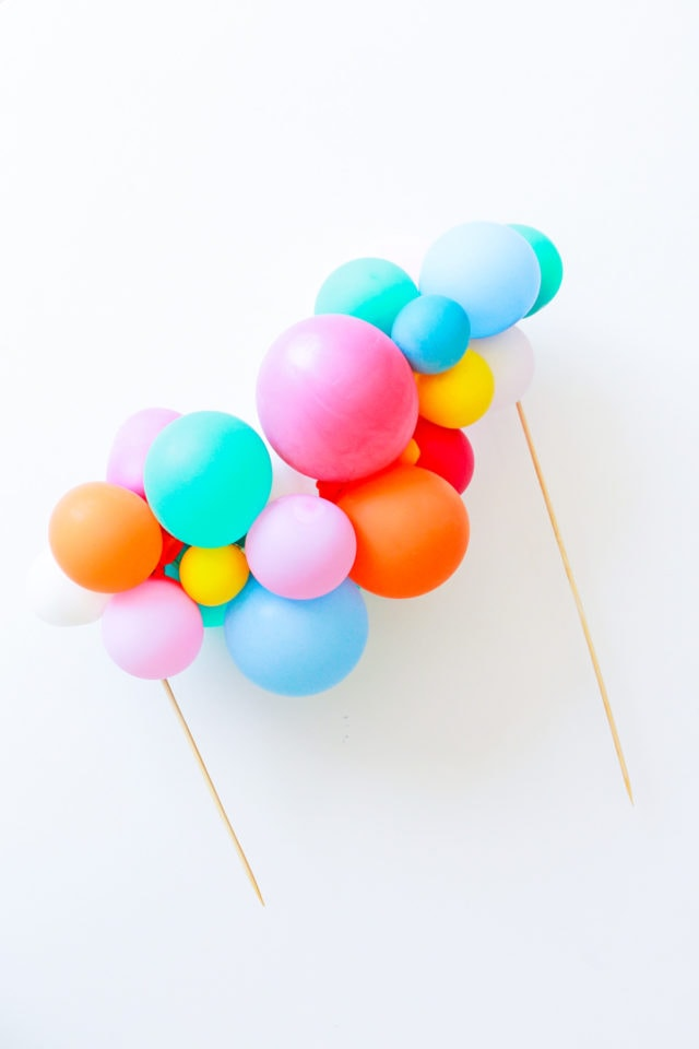 Step 7 -DIY Balloon Garland Cake Topper by top Houston lifestyle Blogger Ashley Rose of Sugar & Cloth - DIY DECOR #DIY #decor #balloon #balloongarland #party #celebrate #birthday #garland #diydecor