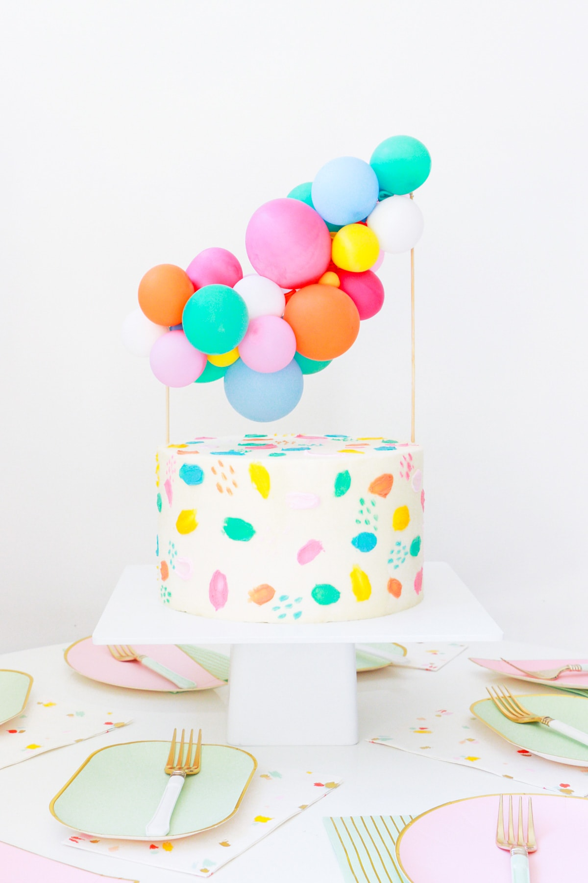Diy Balloon Garland Cake Topper And Tips For Painting Frosting