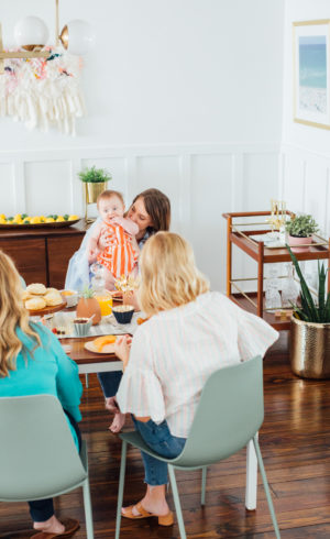 Real Entertaining: Easy Garlic & Herb Biscuits + Our Family Brunch!
