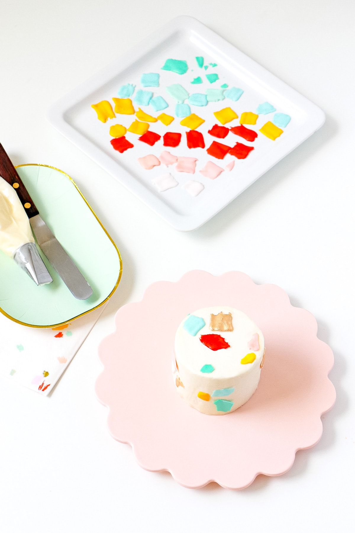 DIY Mini Confetti Print Cakes by top Houston lifestyle blogger Ashley Rose of Sugar and Cloth #recipe #diy #cake #entertaining #parties