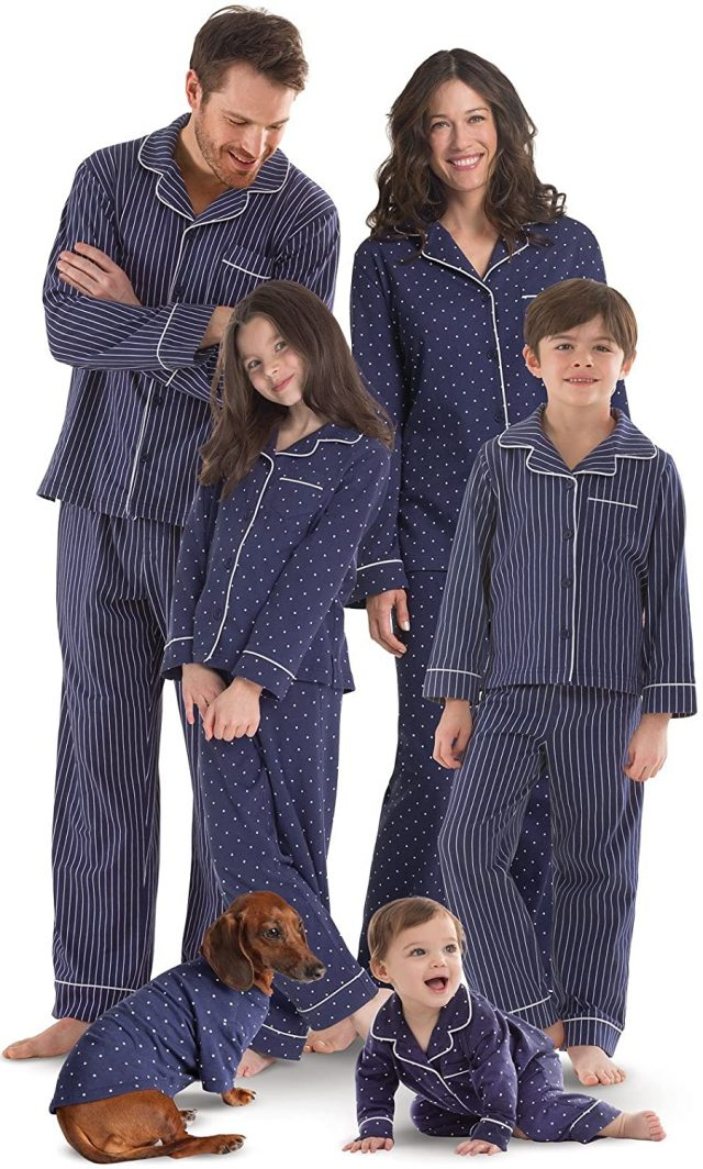 photo of the Navy Notched Pajamas
