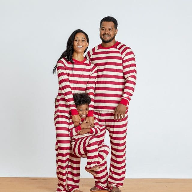 photo of the Candy Cane Family Matching Pajamas Set from PatPat