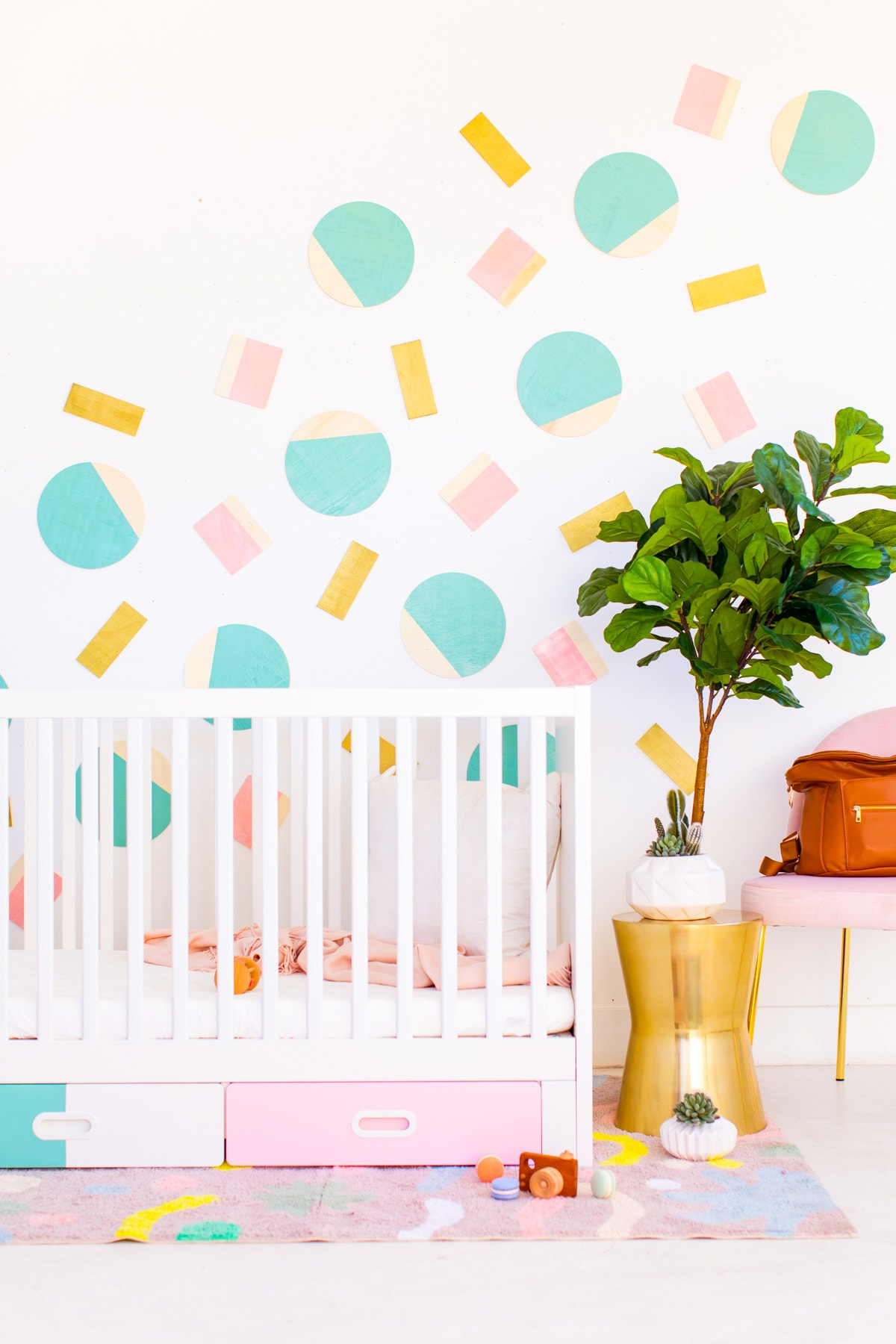 Nursery Wall Decor by Houston lifestyle blogger Ashley Rose of Sugar and Cloth -- #DIYBABYROOMDECOR #KRYLON #SPRAYPAINTPROJECT #NURSERYIDEAS