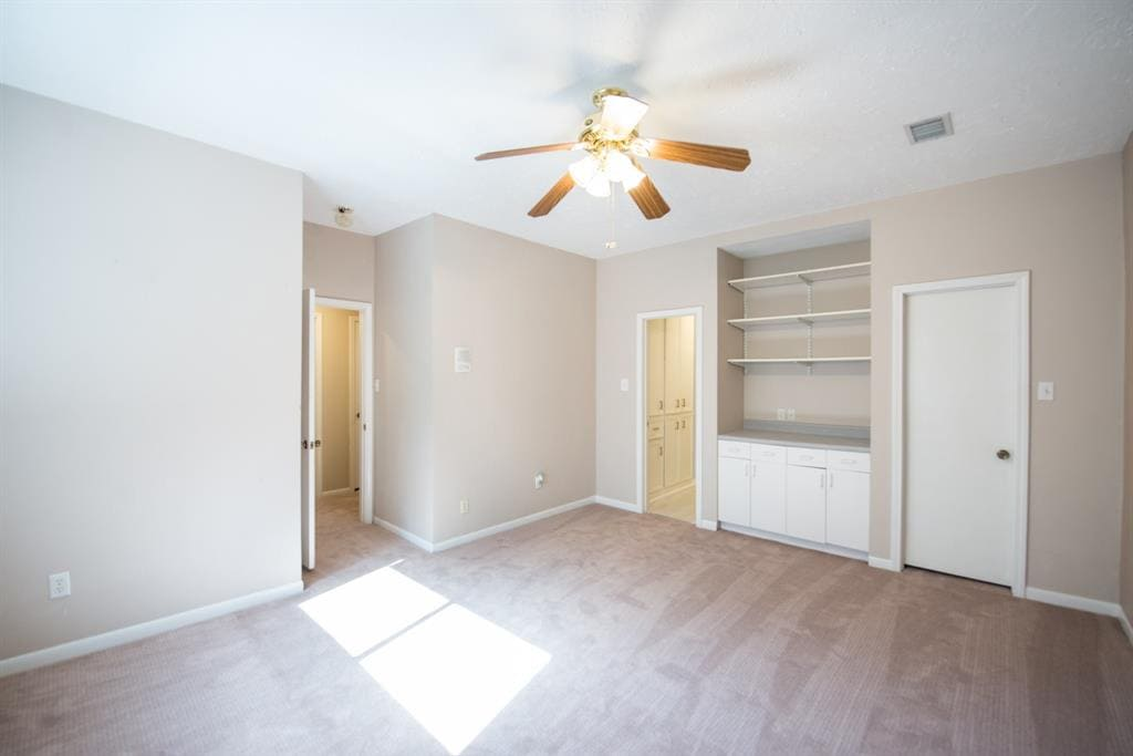 before photo 3 - Sugar & Cloth Casa: All the Before Photos from Our New Fixer Upper (+ video!) by top Houston lifestyle blogger Ashley Rose of Sugar & Cloth #fixerupper #renovations #ideas #homedecor #realestate