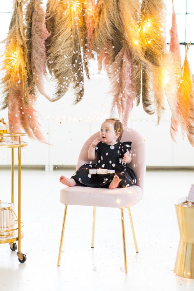 confetti countdown! Sharing photos via Live Albums and google hub! Pampas Grass DIY Photo Backdrop by top Houston lifestyle blogger Ashley Rose of Sugar & Cloth #diy #nye #backdrop #photography #photos #google #holidays #howto #weddings #parties #entertaining
