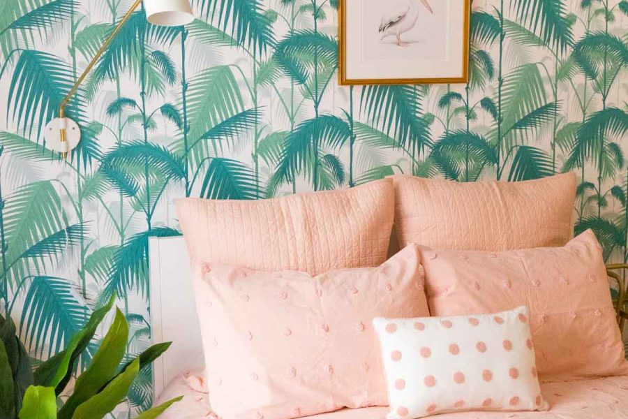 """Home Staging Tips"""" In case you're looking to sell your house fast, I'm sharing a few home staging tips to get you good bang for your buck! by top Houston lifestyle bogger Ashley Rose of sugar & cloth #decor #ideas #design #tips #home"""