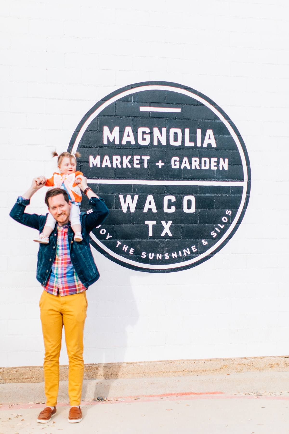 Jared & Gwen at Magnolia Market in Waco by top Houston lifestyle blogger Ashley Rose of Sugar & Cloth