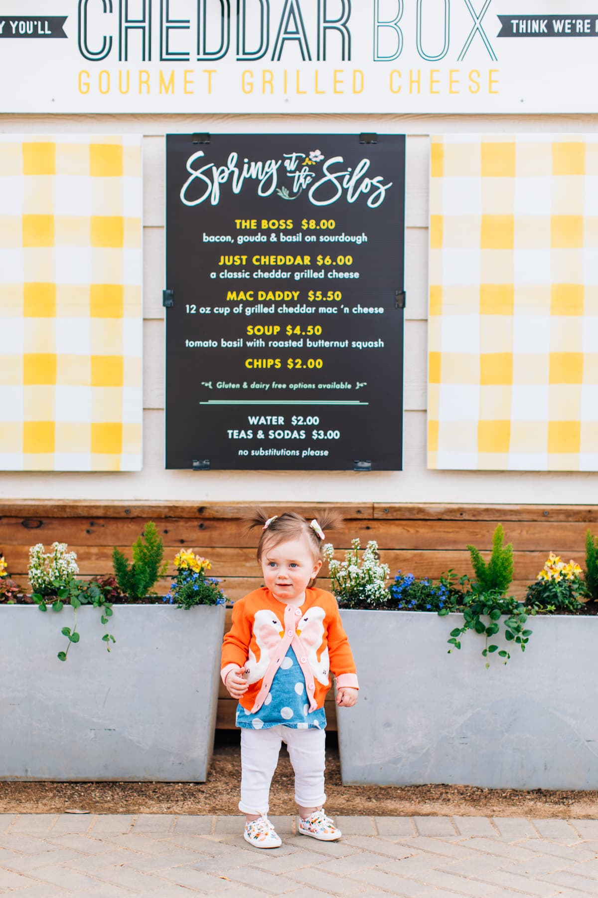 Gwen at Cheddar Box food truck at the Silos by top Houston lifestyle blogger Ashley Rose of Sugar & Cloth