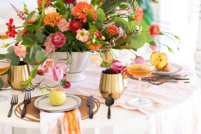 picture of a fall table decor place setting by sugar and cloth