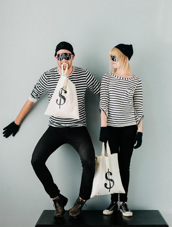 Man and Woman in DIY Couples costume: Burgaler bandits