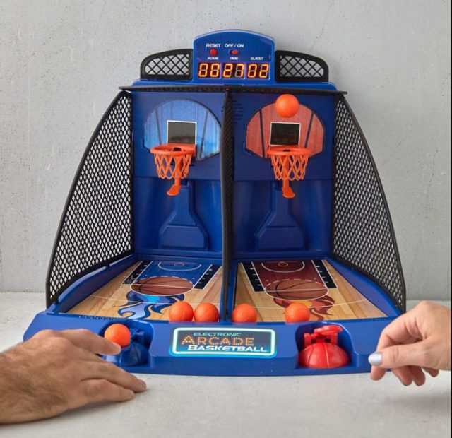 photo of the Electronic Arcade Basketball Game