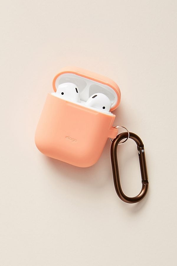 photo of silicone airpod case with clip