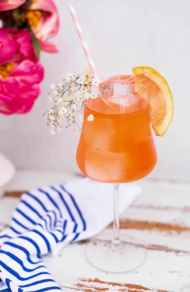 Aperol Spritz Cocktail: Elderflower Aperol Spritz Recipe