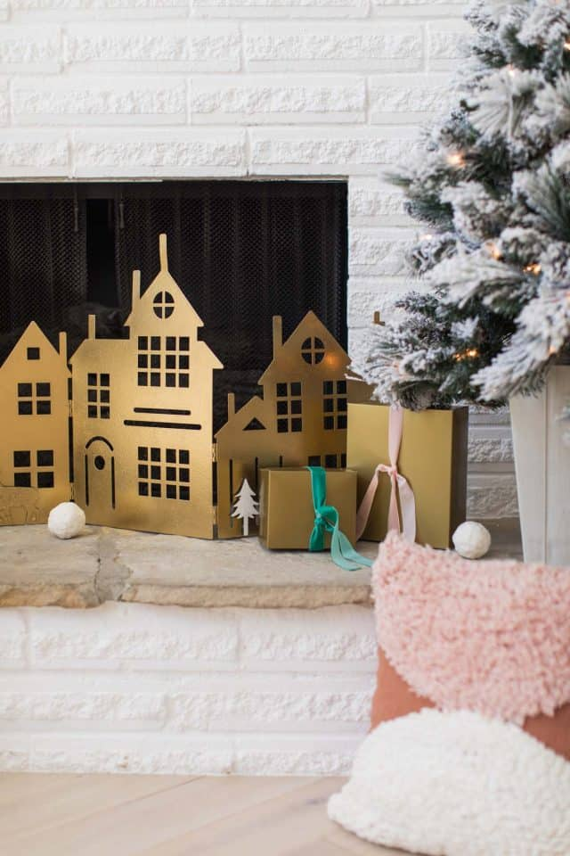 photo of a christmas fireplace cover