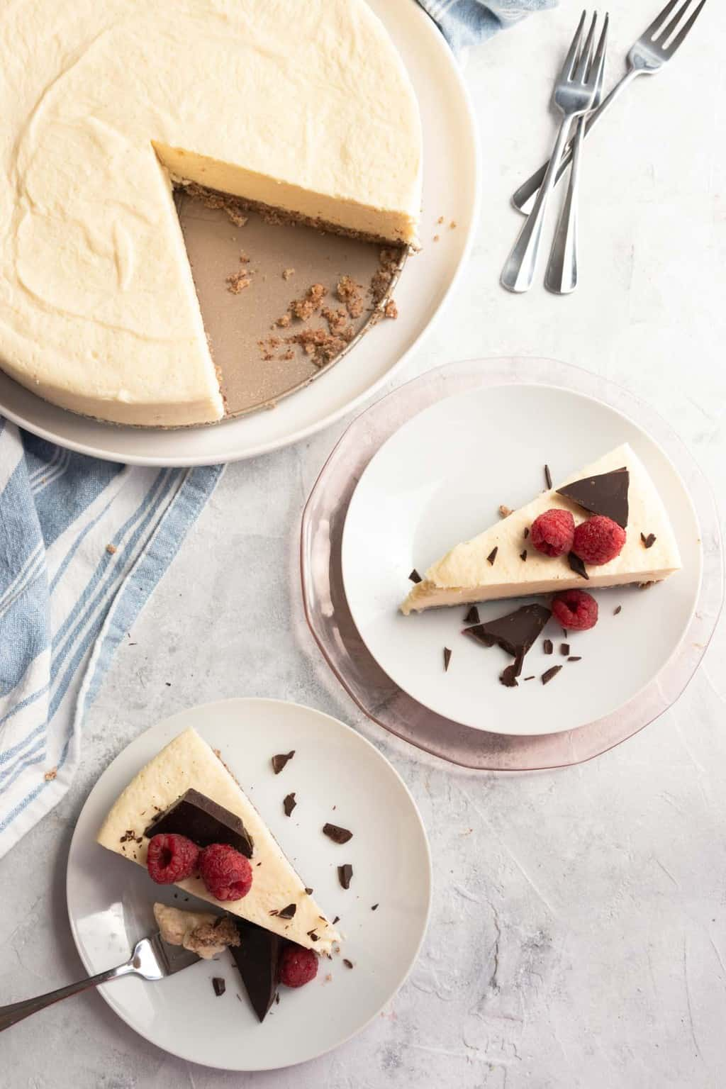 photo of a healthy gluten free low carb cheesecake by top Houston lifestyle blogger Ashley Rose of Sugar & Cloth