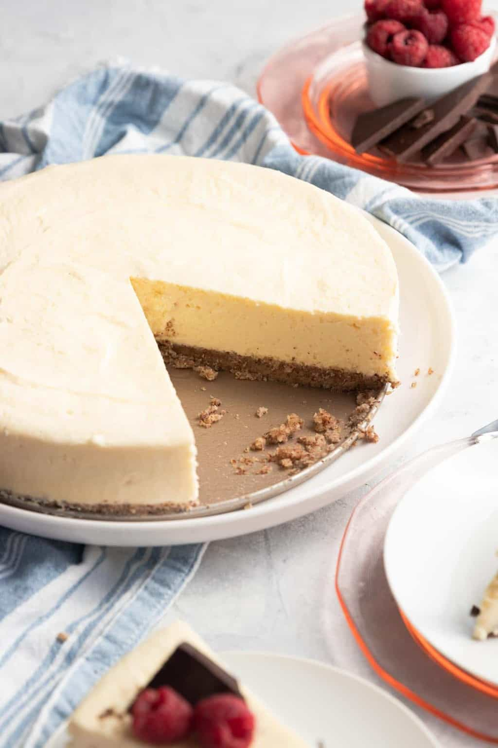 photo of how to make low carb cheesecake by top Houston lifestyle blogger Ashley Rose of Sugar & Cloth