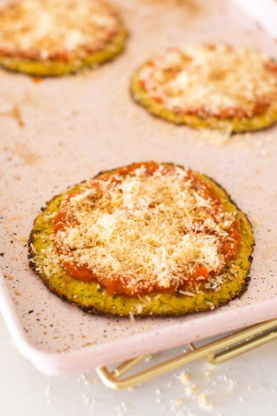 what to put on top of homemade cauliflower pizza dough
