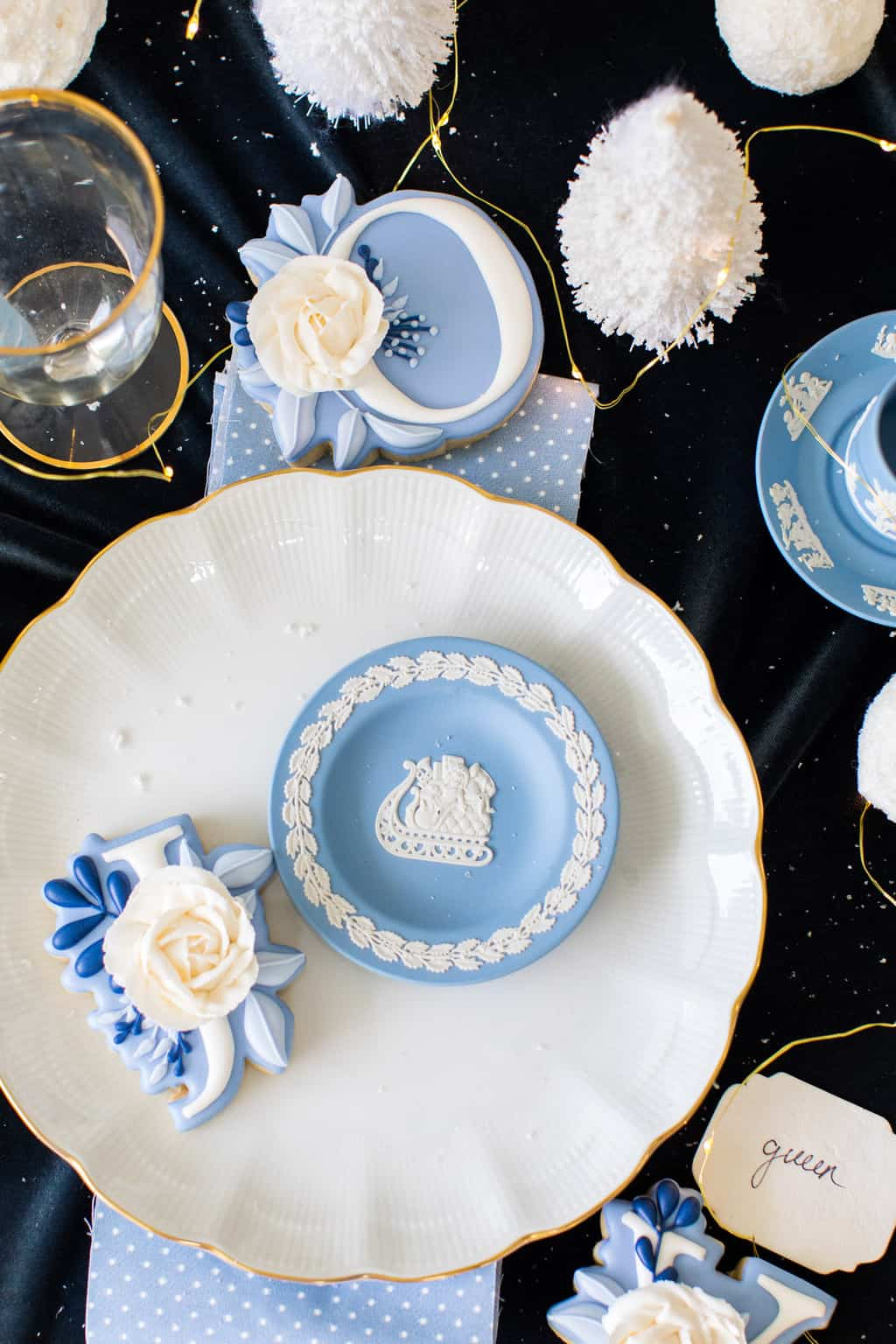 Christmas aesthetic - photo of a Christmas tabletop by Ashley Rose of Sugar & Cloth