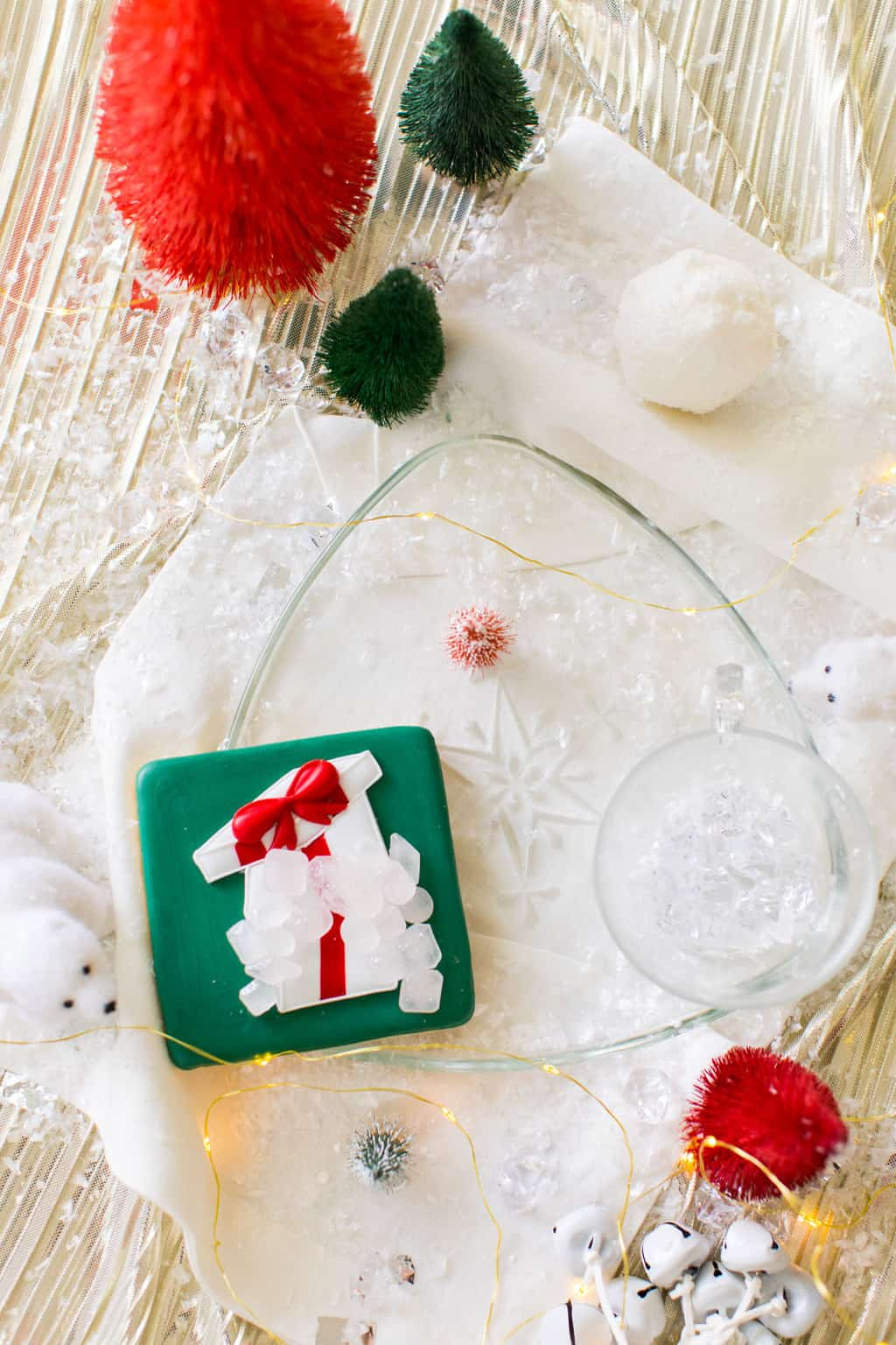 an icy silver Christmas decor by Ashley Rose of Sugar & Cloth