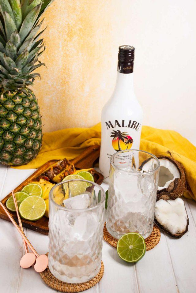 malibu bay breeze recipe - 2 glasses of malibu bay breeze drink